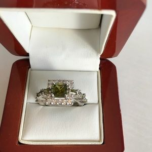 Peridot and CZ sterling silver size 5 ring